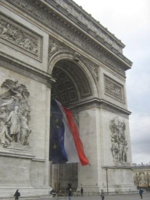 V Parij (217)