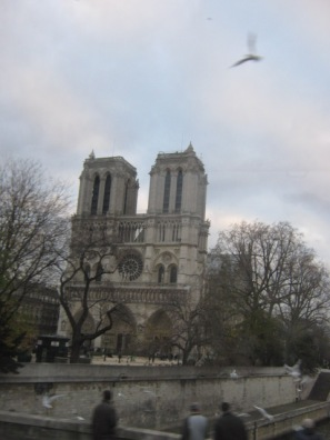V Parij (246)