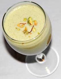 kesar-badam-milkshake