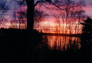 sunset-on-lake